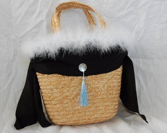 straw basket for beach/cruise/poolside