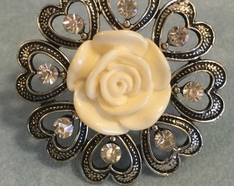 Ivory Rose And Silver Heart Adjustable Ring With Glass Stones