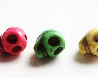 Small howlite skull bead 10x8mm  - Prettypretty Beads UK