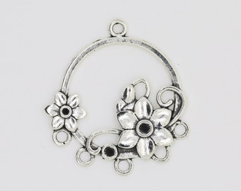 Antique Silver Flower Charm, Flower Pendant 35 x 32mm