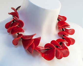 PETALI Murano glass lampworked necklace