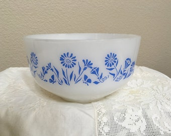 Federal Glass Blue Flower bowl