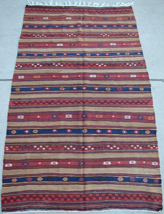 Anatolian Vintage Kilim rug - Turkish Kilim - 4'10 x 7'10 - Free shipping!
