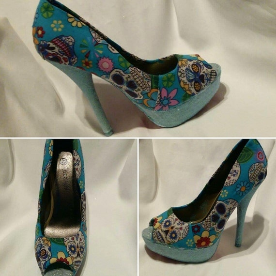 Blue sugar skull shoes by veroamorecouturetlj on Etsy