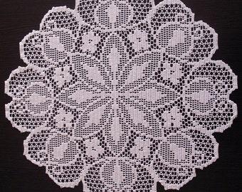 "Filet crochet doily 18"""
