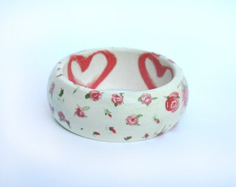 Small Vintage Roses design: Wooden Decoupage Bangle