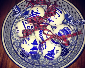 Chinoiserie Ornament | CUSTOM ORDER - Pick your COLOR, Pagoda Design, Blue Willow, Hostess, Holiday, Christmas, Housewarming, Teacher, Gift