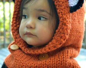 Failynn Fox Cowl. Knitted Fox Cowl.  Photo props
