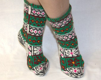 knitted women's  slippers, free shipping,  gift for grandmother,  knit socks, home shoes, ,multicolor patterns,multicolor socks