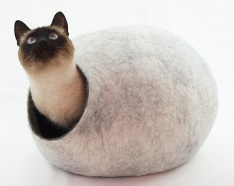 Cat bed/house/cave. FREE SHIPPING. From natural felted wool. Color Snow white. Size M. Made by kivikis.