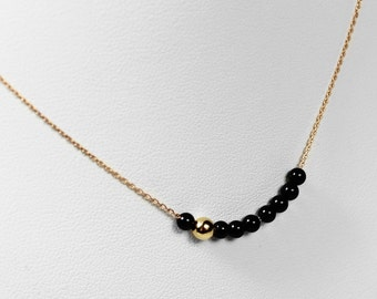 Necklace chain gold rose and pearls Onyx
