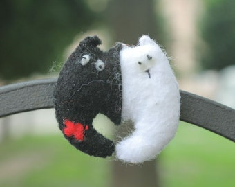Fridge magnet Black Cat and White Lady-Cat'