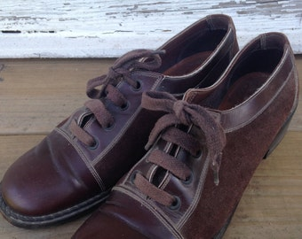 Chocolate Suede 1960s Mod Bowling Shoes size 6.5