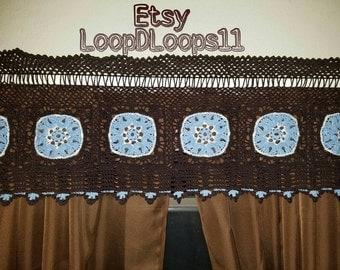 Calla Lily Crochet Valance/Curtain