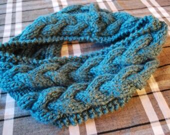 Wool infinity scarf, blue, handmade