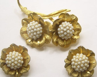 Vintage Brooch and Earring Set with Stemmed Flowers