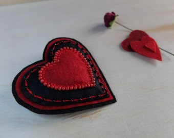 Felt brooch Red and Black heart,Valentine's Day gift,Gift for her,Textile brooch,Embroidered Textiles Brooch,Gift Idea,Decoration