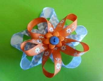 Pinwheel hair bow .