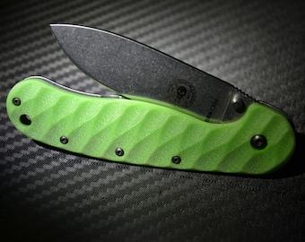 Esee Avispa diagonal toxic pattern knife custom handmade scale.