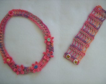 Crocheted necklace and bracelet set