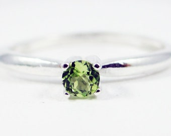 Tiny Peridot Solitaire Ring Sterling Silver, August Birthstone Ring, Small Peridot Gemstone Ring, 925 Peridot Ring, Sterling Silver Ring