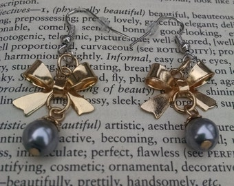 Bow and bauble earrings