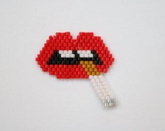 PIN red Kiss