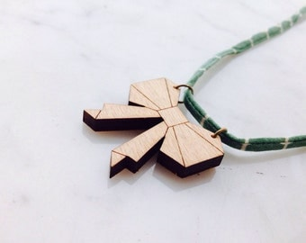 """Bow tie"" necklace, wooden bowtie"