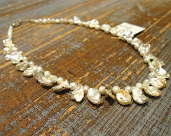 Round River pearls necklace and leaf/silver hook