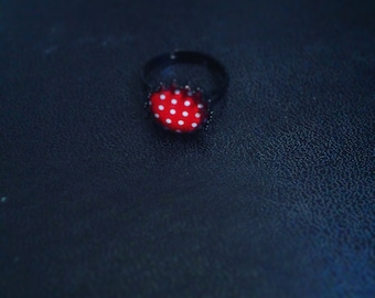 ring red retro you white