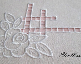 MACHINE EMBROIDERY DESIGN - Richelieu cutwork  roses