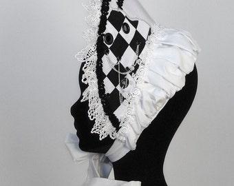 Alice's half bonnet