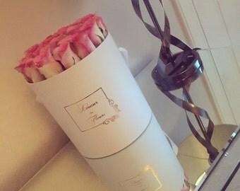 AURORA box (18-20 Fresh roses)