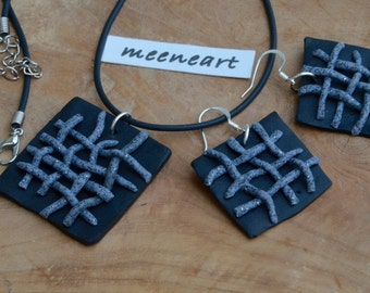 """""""Grid"""" earrings and pendant jewelry set"""
