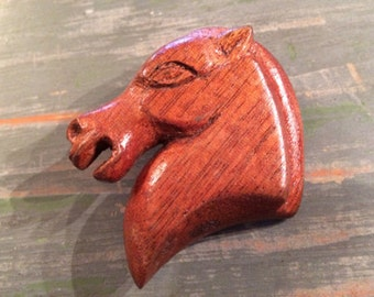 Vintage '40's wooden horse head brooch or pin