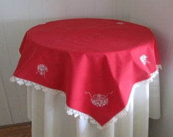 Vintage Tablecloth Red With White Embroidery Crochet Lace Edging, Retro Red  Tablecloth, Red And