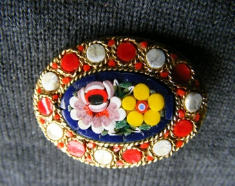 Beautiful pin vintage/micro Italian glass mosaic? / brooch micromosaic