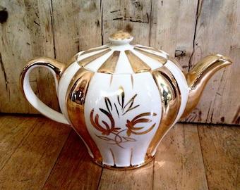 Sudlow's Burslem teapot made in England, vintage china