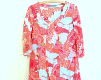 Beautiful blouse tunic hippie style. Blouse pink with flowers and patterns. Vintage %100 cotton tunic
