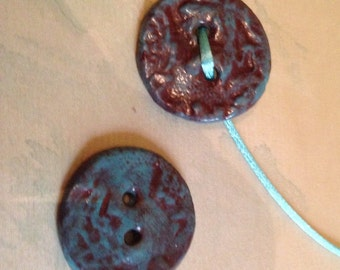 Pair of Pearl buttons reasons turquoise blue foliage and Marsala