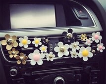 4pcs (1 Set) Daisy Flower Handmade Car vent clip, car air freshener, car accessory, car fragrance in Pink,Golden, Silver and White Color
