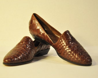 Women's Vintage Brown Loafers