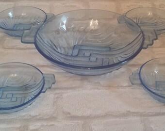 Blue vintage glass bowl set