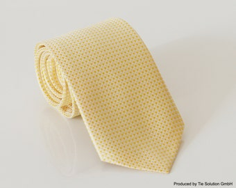 TOP price - fine handmade pale yellow tie P20010-A1