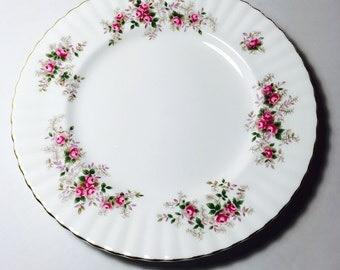Royal Albert England Lavender Rose Dinner Plate Flowers Pink Red Green Fine Bone China