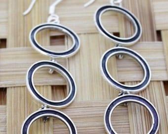92.5 Sterling Silver Earrings - 3 Rings Style