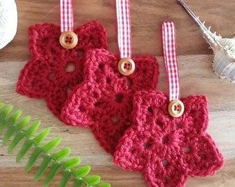 Crochet Christmas Star Ornaments.