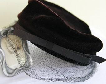 1950s Chocolate Brown Velveteen Vintage hat