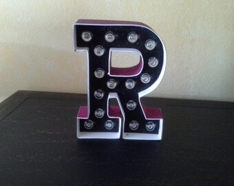 Letter R Marquee Light