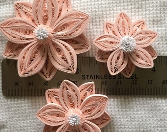 Paper quilled flowers